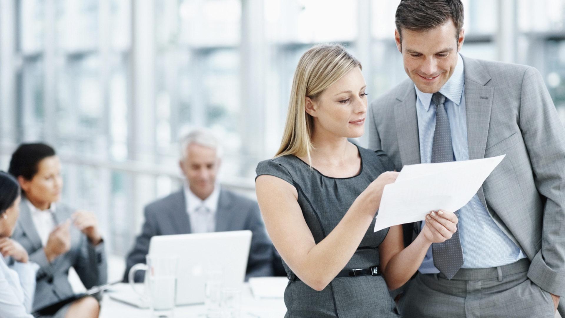 Как можно узнать счета должника физического лица? Куда обратиться за помощью? Особенности процесса получения банковских данных о неплательщике